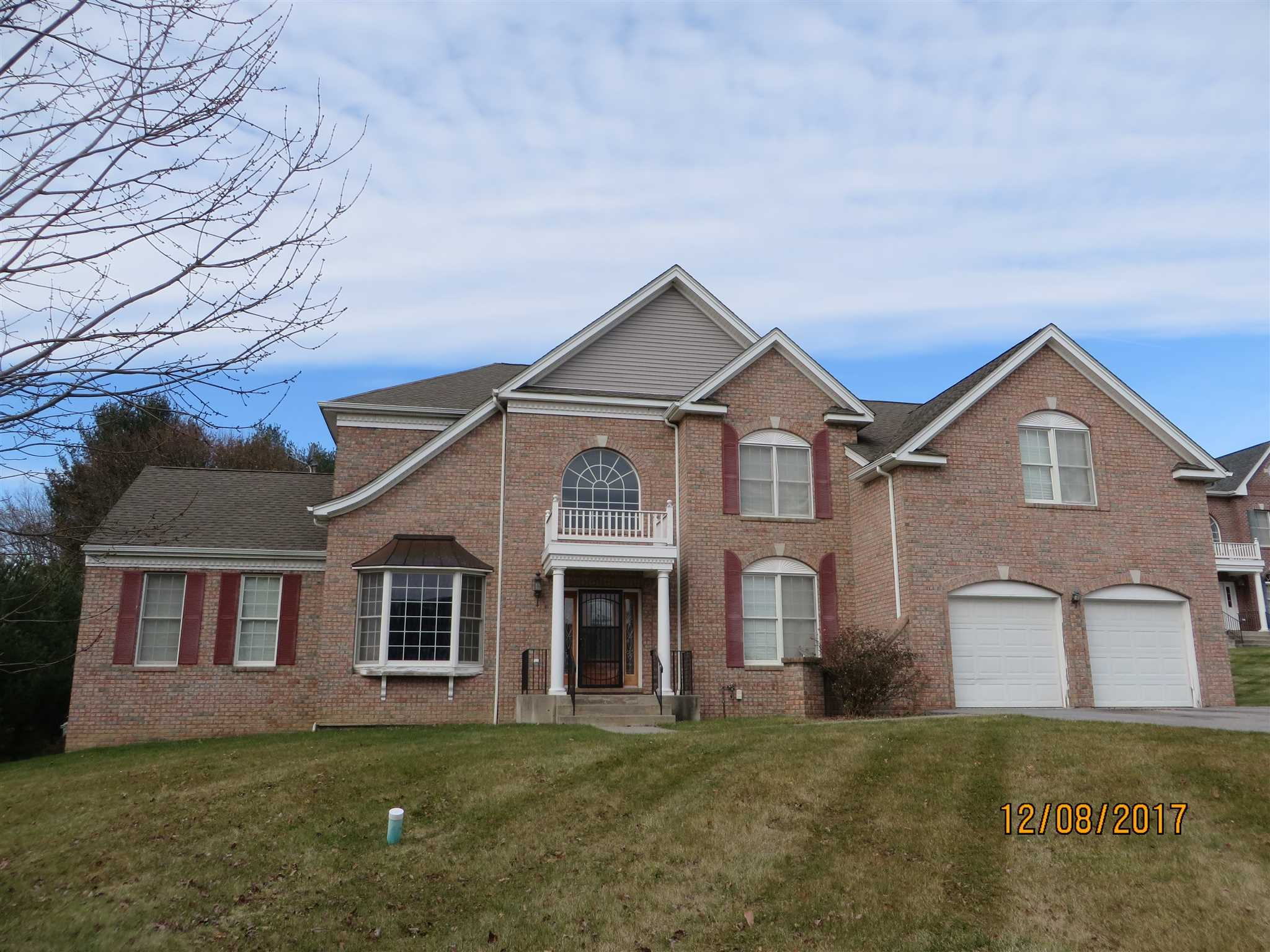Single Family Home for Sale at 20 OLD FIELD 20 OLD FIELD Poughkeepsie, New York 12603 United States