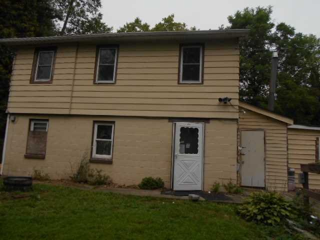 Single Family Home for Sale at 660 QUAKER Lane 660 QUAKER Lane Hyde Park, New York 12538 United States