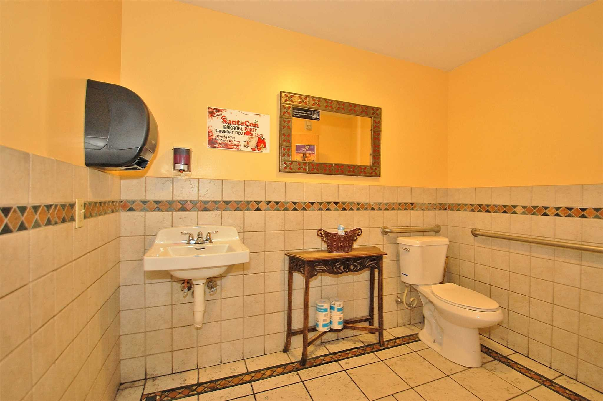 Additional photo for property listing at 35 FAIRMONT Avenue 35 FAIRMONT Avenue Poughkeepsie, New York 12603 United States