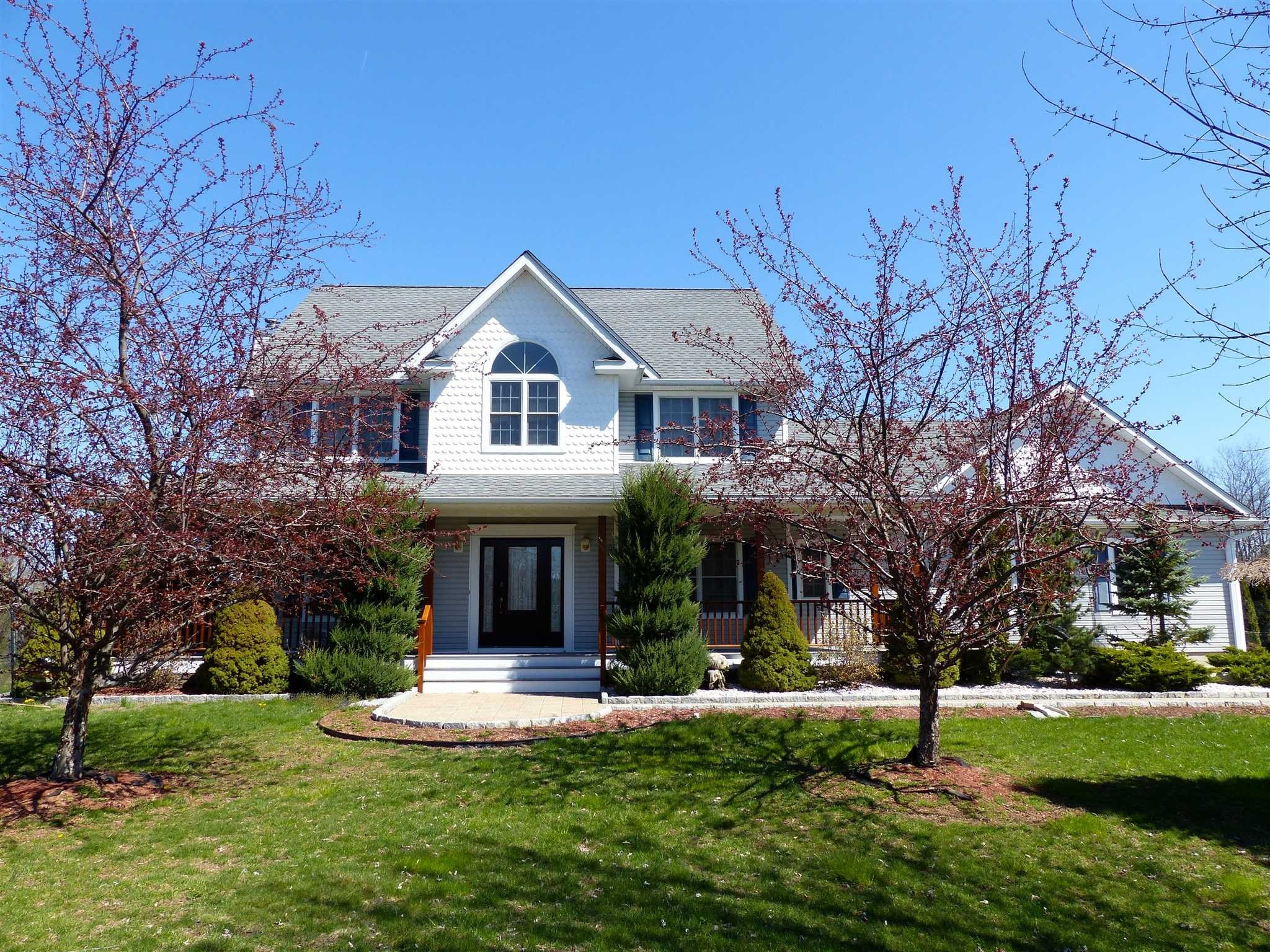 Single Family Home for Sale at 245 ROUTE 199 245 ROUTE 199 Red Hook, New York 12571 United States