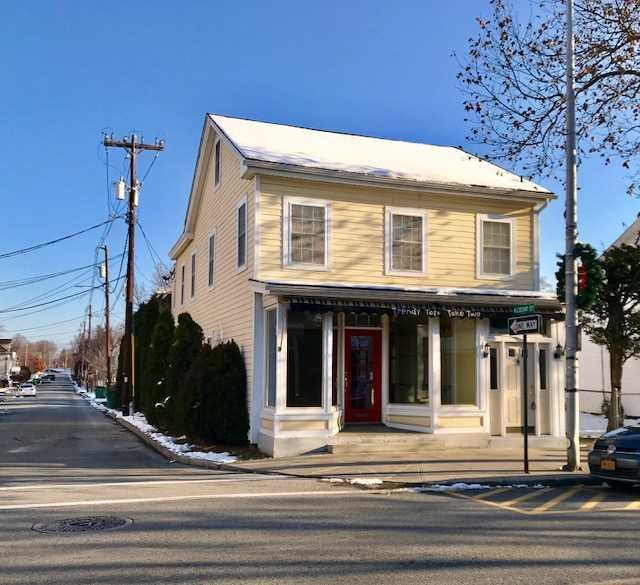 Retail for Sale at 296 MAIN Street 296 MAIN Street Beacon, New York 12508 United States