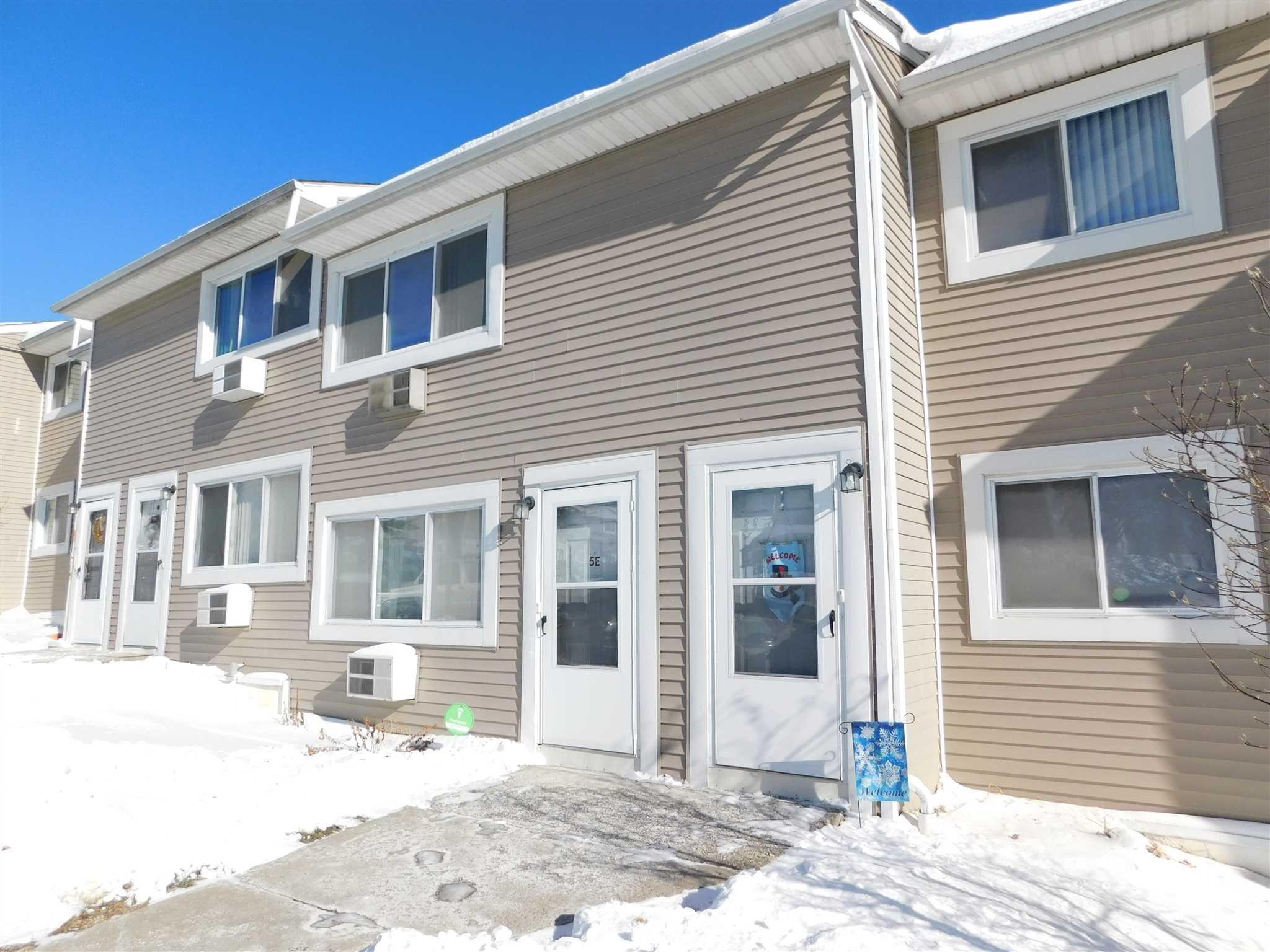 Single Family Home for Sale at 5 FISHKILL GLEN 5 FISHKILL GLEN Fishkill, New York 12524 United States