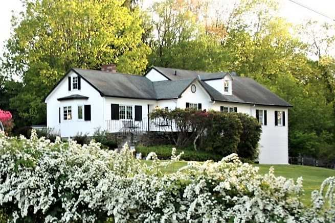 Single Family Home for Sale at 11 ANDERSON ROAD 11 ANDERSON ROAD Pawling, New York 12564 United States