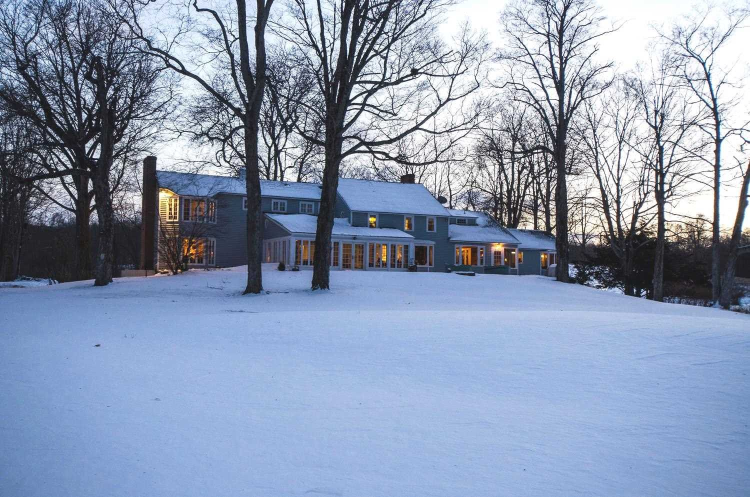 Single Family Home for Sale at 1078 NETHERWOOD Road 1078 NETHERWOOD Road Pleasant Valley, New York 12538 United States