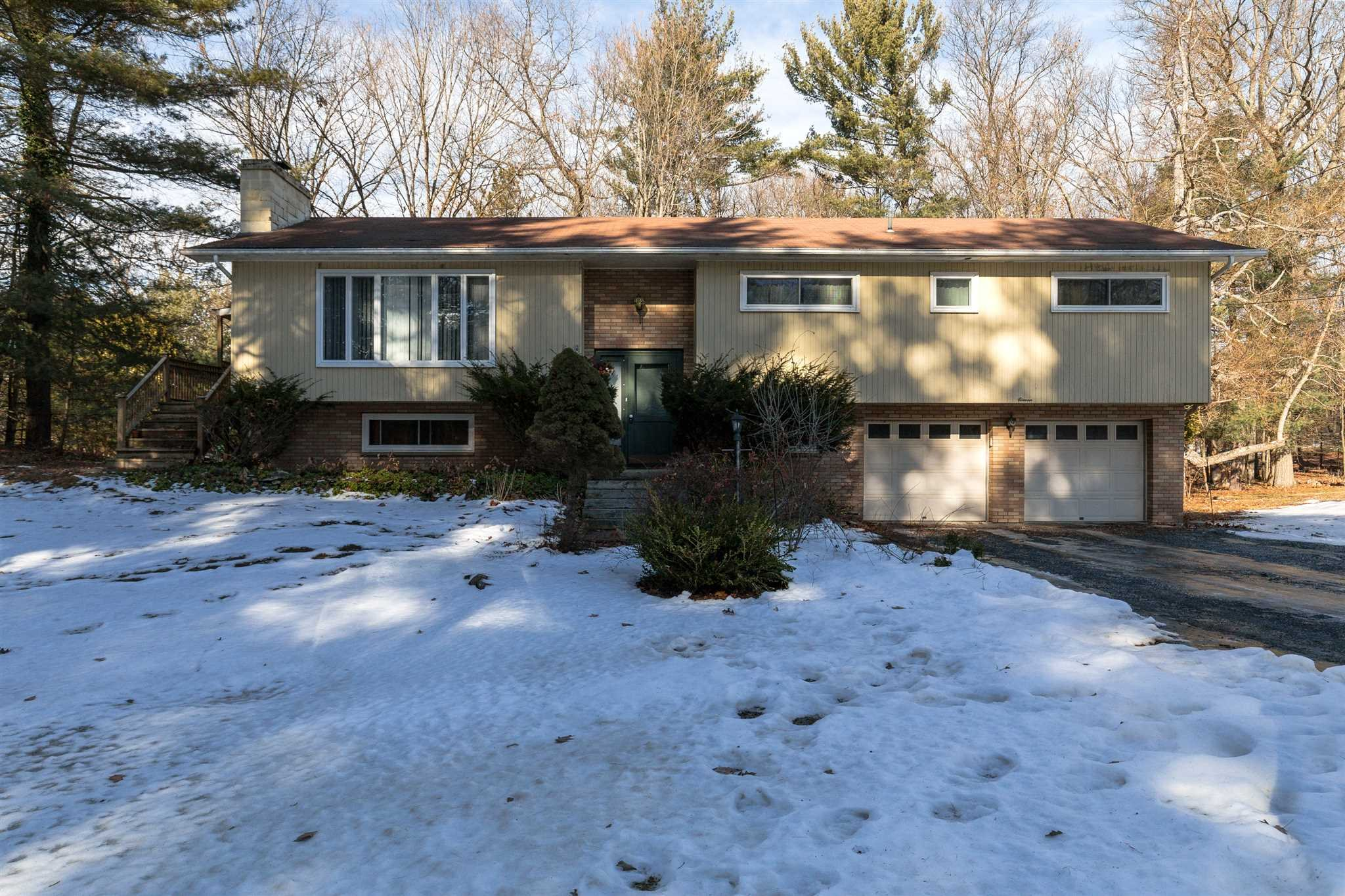 Single Family Home for Sale at 11 SPRUCE Road 11 SPRUCE Road Hyde Park, New York 12538 United States