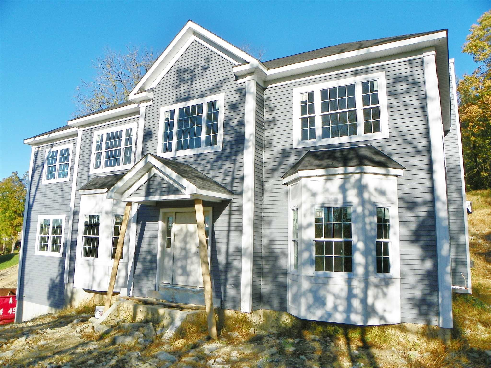 Single Family Home for Sale at 38 ROUNDHILL Road 38 ROUNDHILL Road East Fishkill, New York 12533 United States