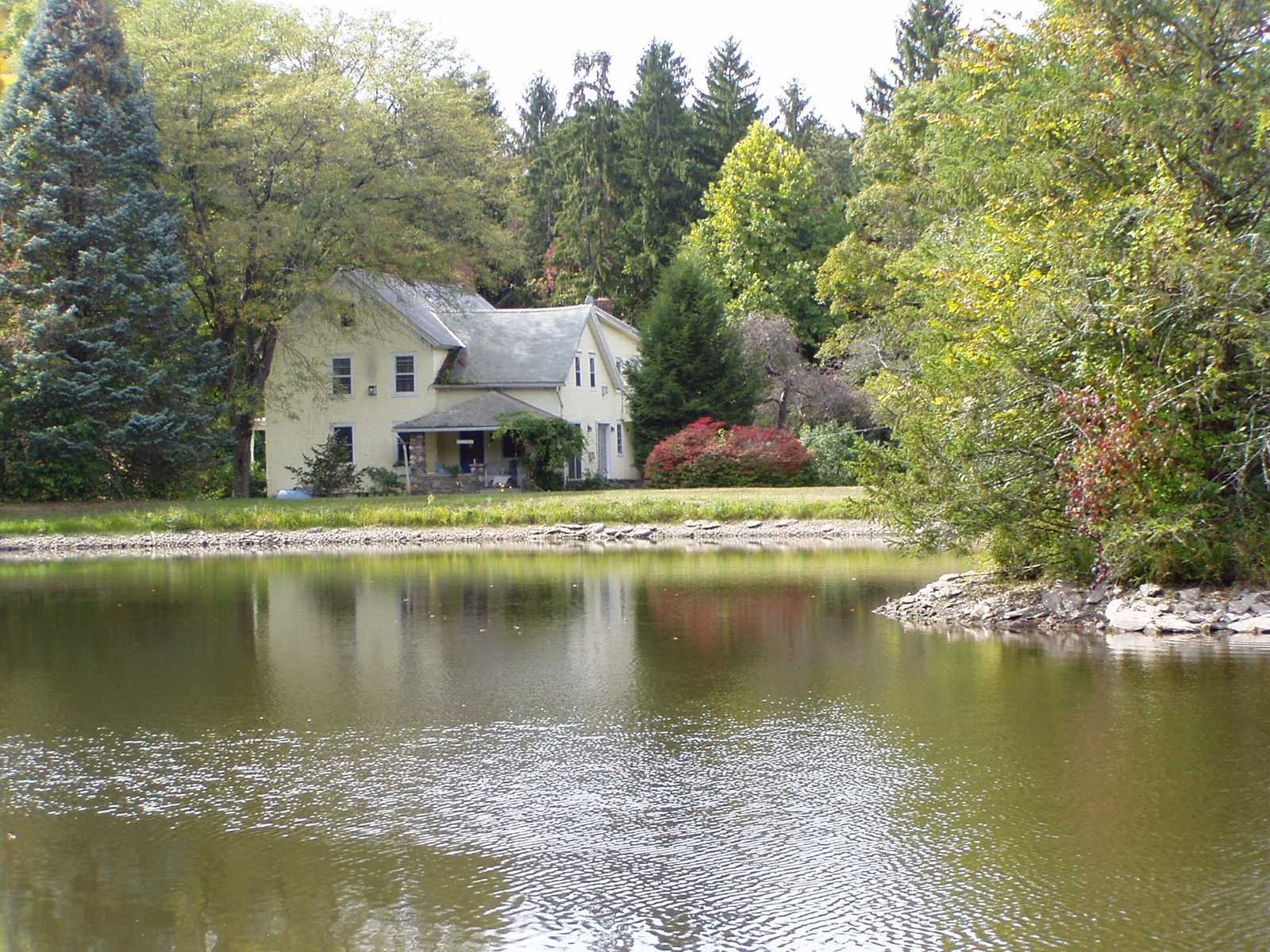 Additional photo for property listing at 39 W DORSEY Lane 39 W DORSEY Lane Hyde Park, New York 12538 United States