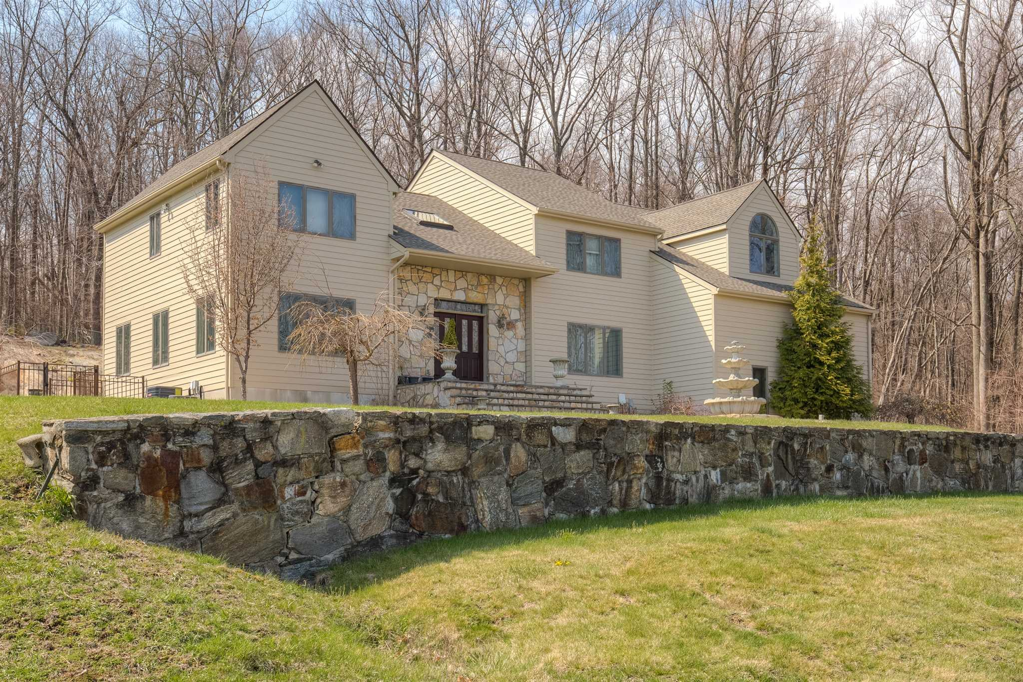 Single Family Home for Sale at 31 RESERVOIR 31 RESERVOIR Carmel, New York 10512 United States
