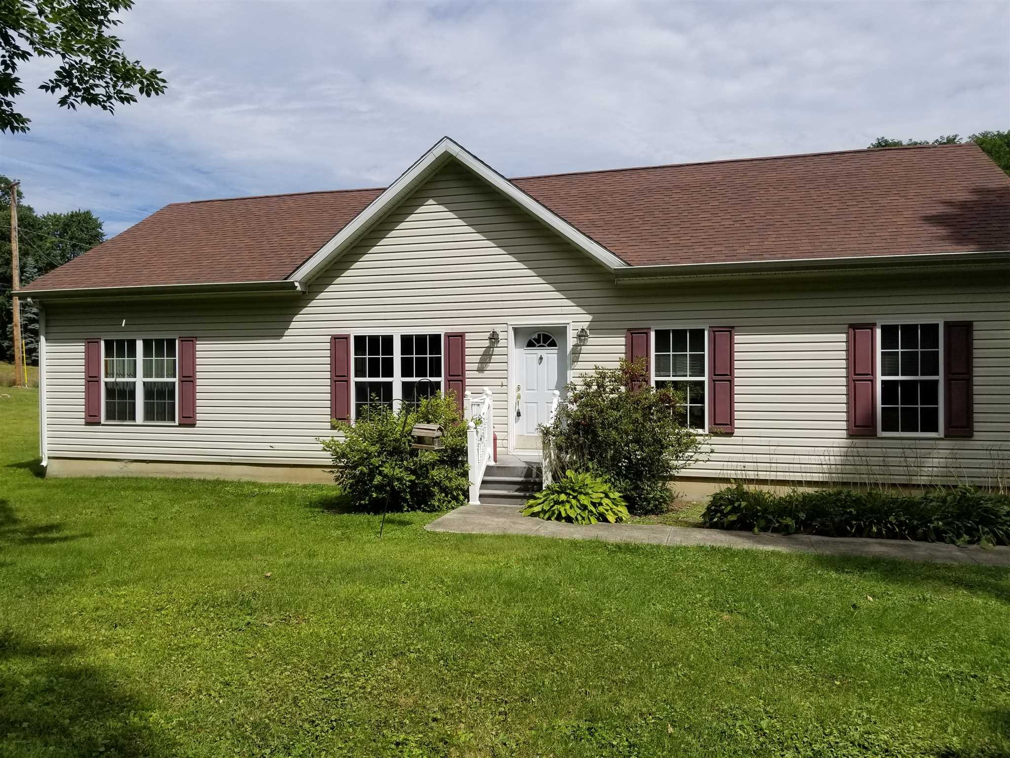 Single Family Home for Sale at 7 WHITE SCHOOLHOUSE Road 7 WHITE SCHOOLHOUSE Road Rhinebeck, New York 12572 United States