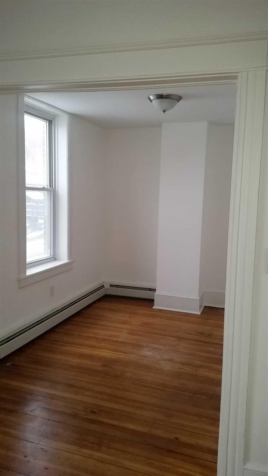 Single Family Home for Rent at 4 CLINTON Street 4 CLINTON Street Poughkeepsie, New York 12601 United States