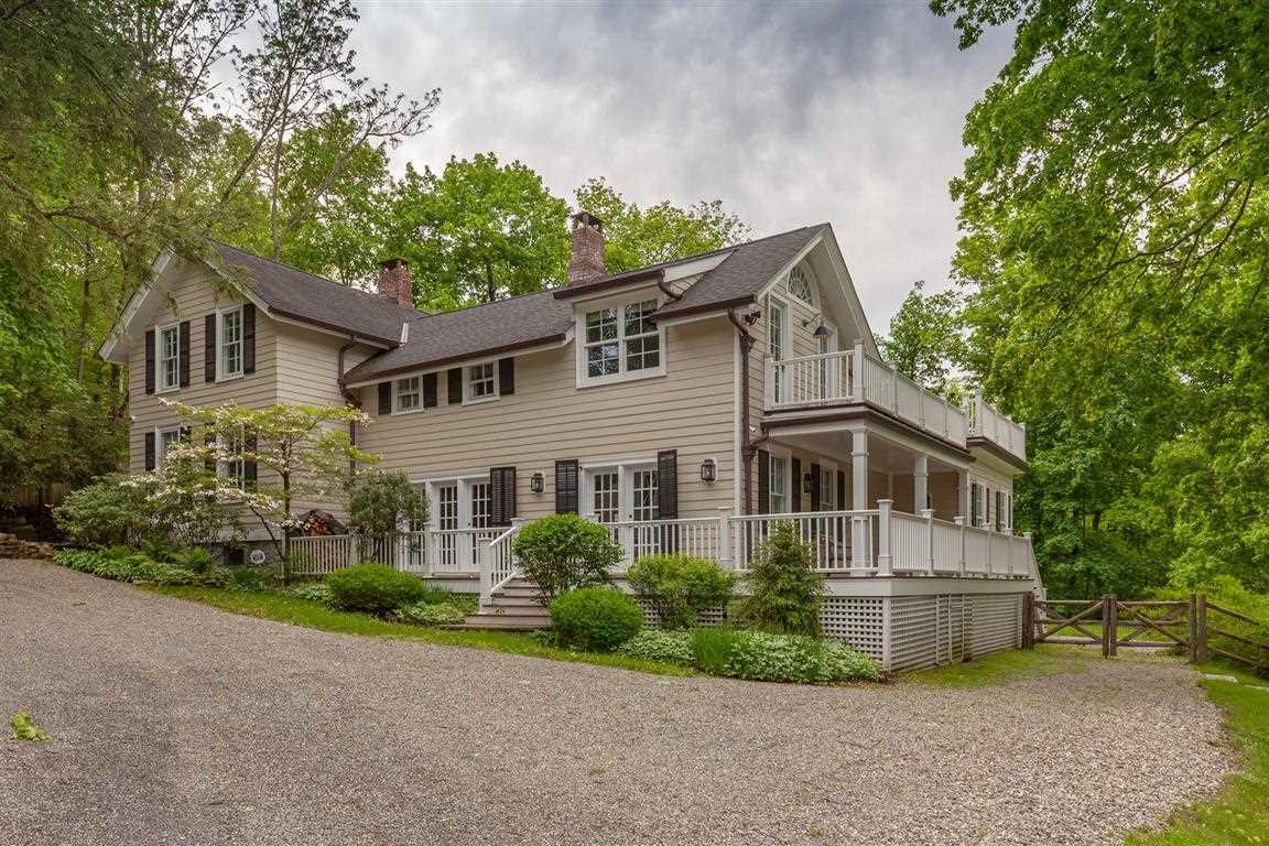 Single Family Home for Sale at 12 FOX HOLLOW LANE 12 FOX HOLLOW LANE Philipstown, New York 10524 United States