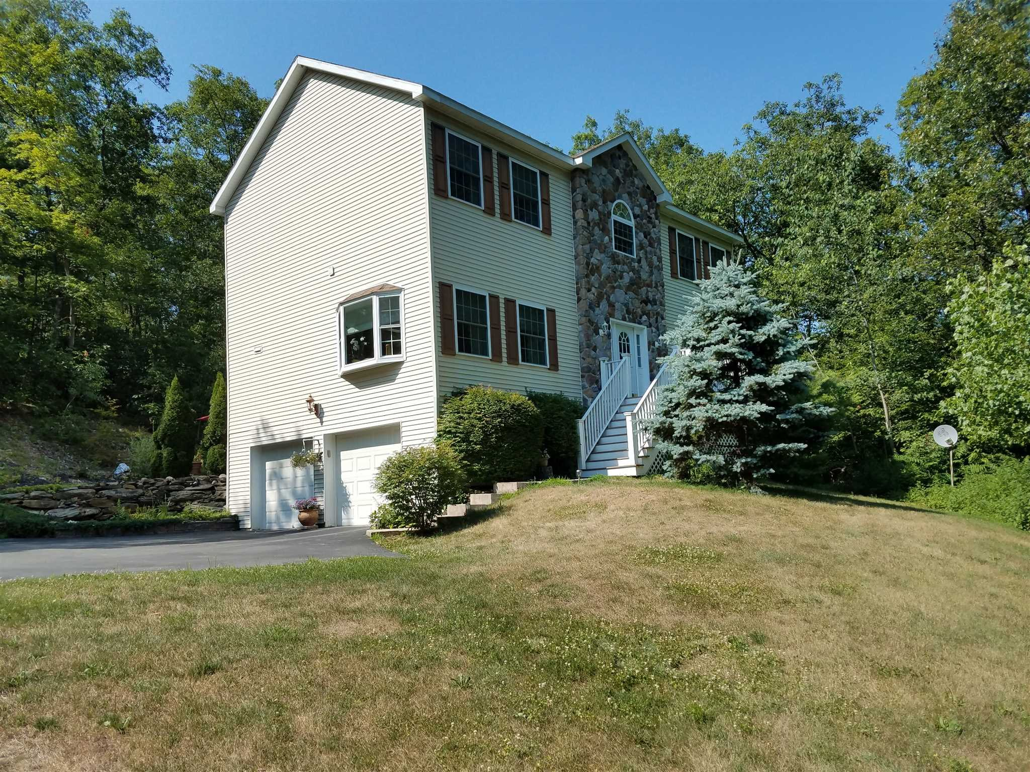 Single Family Home for Sale at 100 HOEFER Road 100 HOEFER Road Gallatin, New York 12571 United States