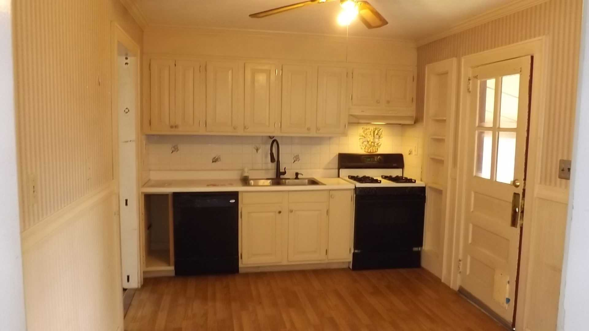 Single Family Home for Sale at 19 KILMER Avenue 19 KILMER Avenue Hyde Park, New York 12601 United States