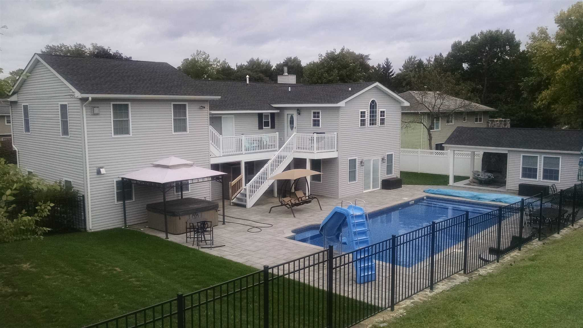 Single Family Home for Sale at 7 JAY ROAD 7 JAY ROAD Poughkeepsie, New York 12603 United States