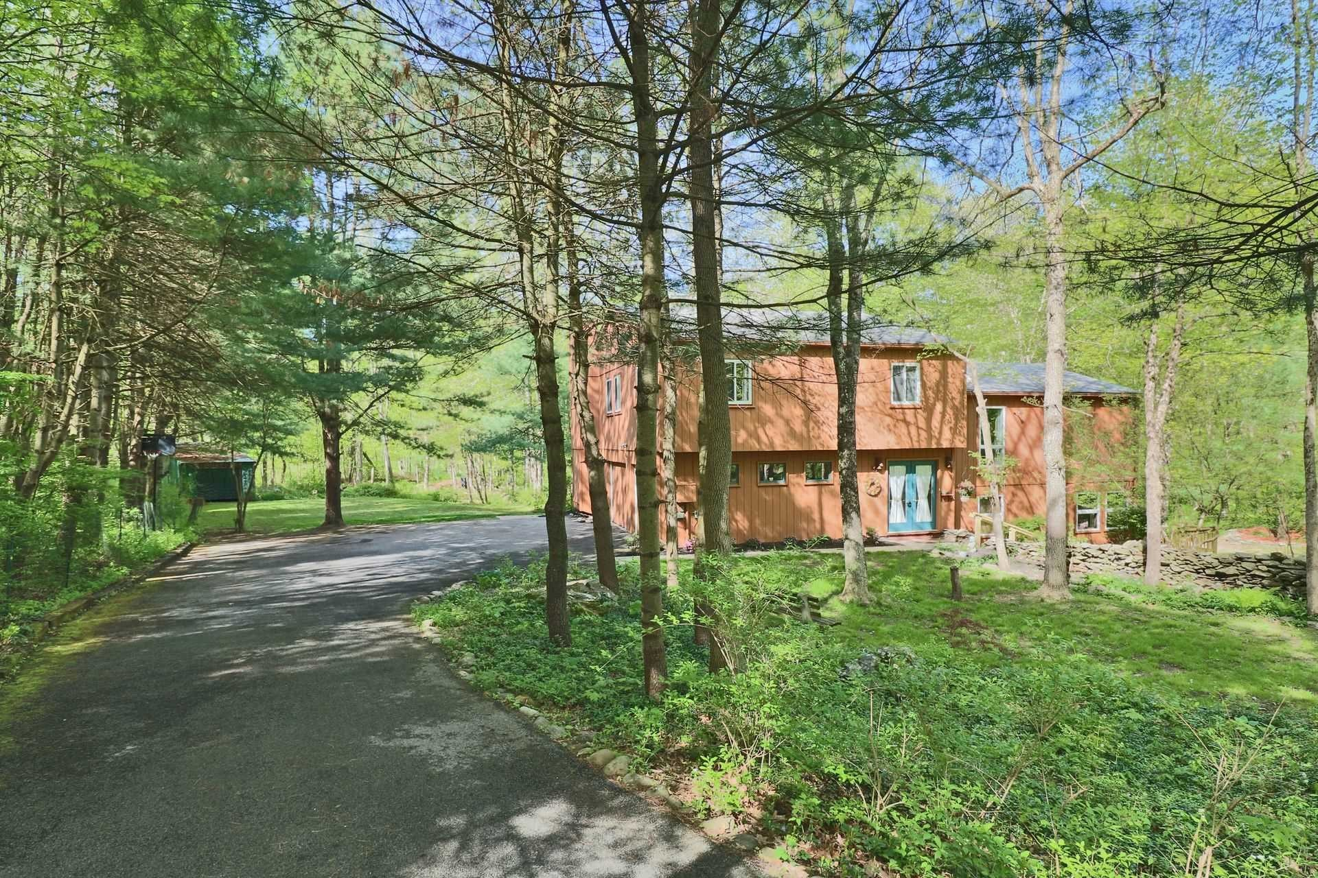 Single Family Home for Sale at 44 HALTER LANE 44 HALTER LANE Pleasant Valley, New York 12569 United States