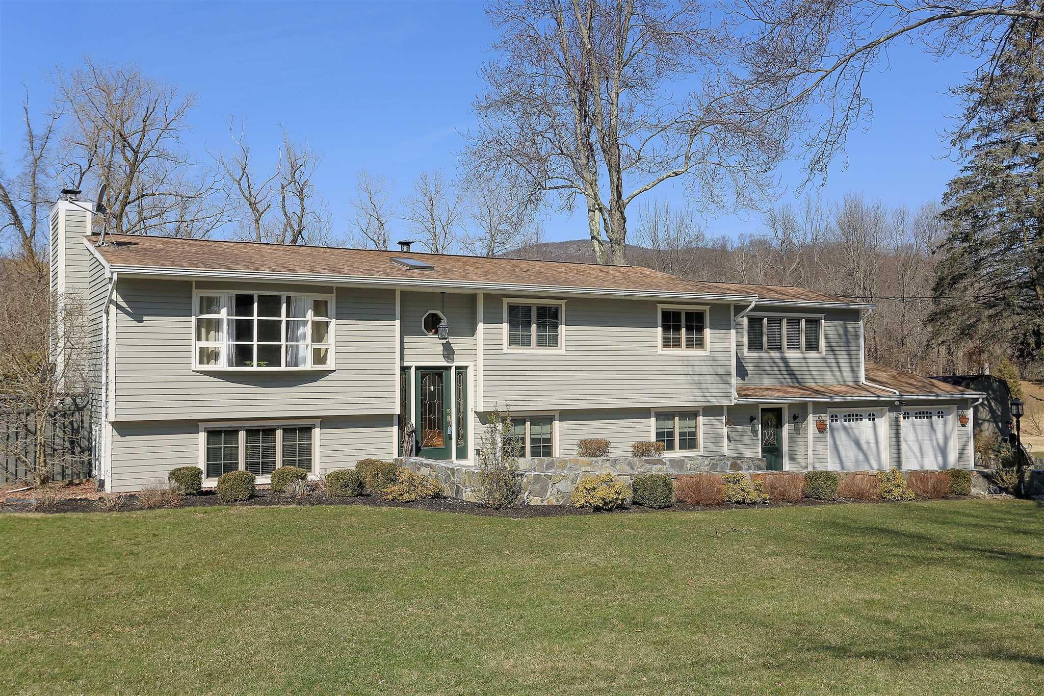 Single Family Home for Sale at 61 HIRAM 61 HIRAM Philipstown, New York 10516 United States