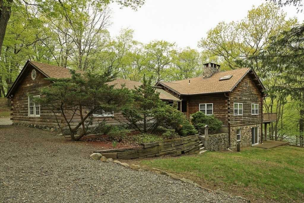Single Family Home for Sale at 11 FOREST LANE 11 FOREST LANE Cold Spring, New York 10516 United States