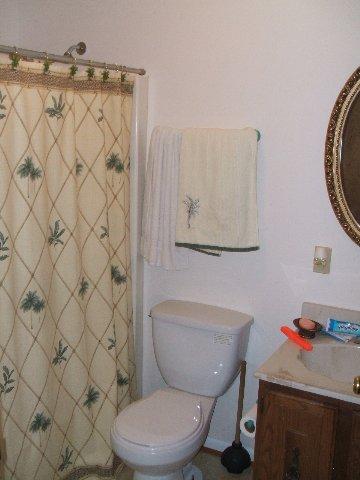 903 Sharon Court,Kill Devil Hills,NC 27948,3 Bedrooms Bedrooms,2 BathroomsBathrooms,Residential,Sharon Court,56965