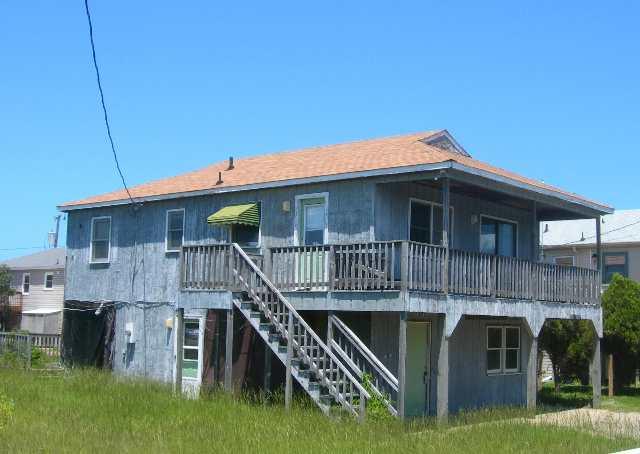 100 Baker Avenue,Kill Devil Hills,NC 27948,3 Bedrooms Bedrooms,2 BathroomsBathrooms,Residential,Baker Avenue,56993