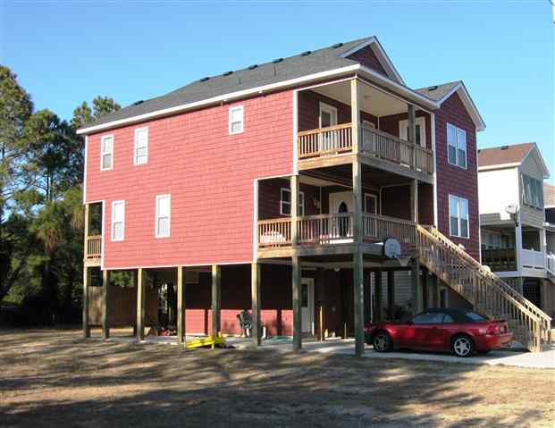 904 Third Street,Kill Devil Hills,NC 27948,3 Bedrooms Bedrooms,3 BathroomsBathrooms,Residential,Third Street,60261