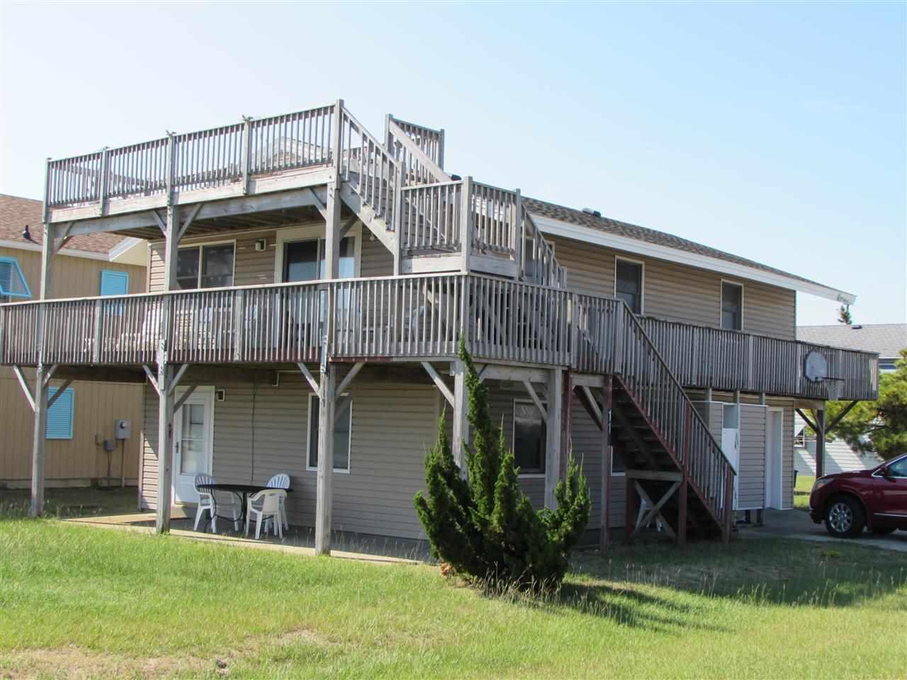117 Meadowlark Street,Kill Devil Hills,NC 27948,3 Bedrooms Bedrooms,2 BathroomsBathrooms,Residential,Meadowlark Street,85408