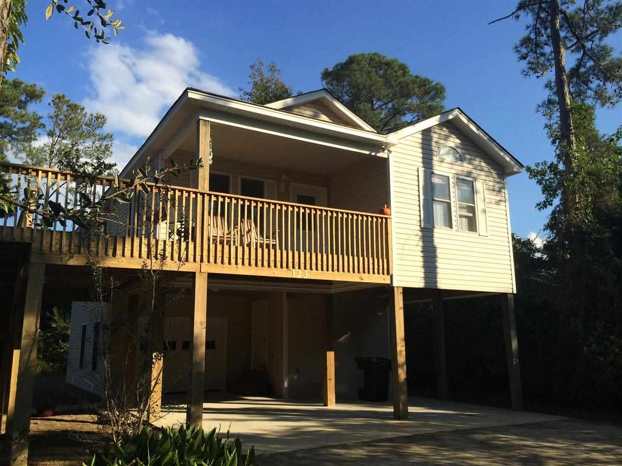 123 Baum Bay Drive,Kill Devil Hills,NC 27948,3 Bedrooms Bedrooms,2 BathroomsBathrooms,Residential,Baum Bay Drive,85581
