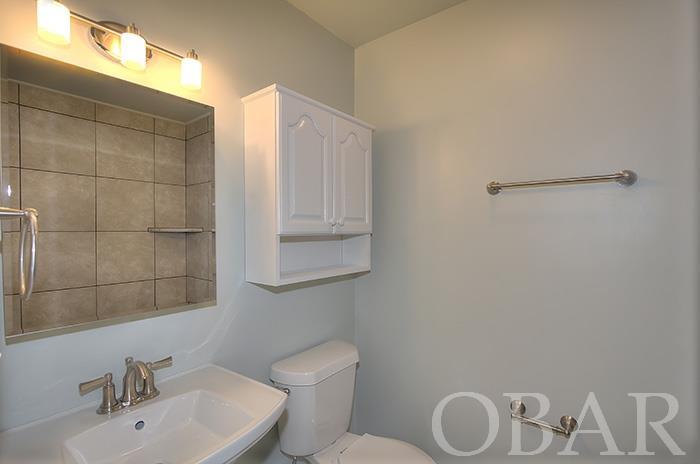 103 Wright Avenue,Kill Devil Hills,NC 27948,3 Bedrooms Bedrooms,2 BathroomsBathrooms,Residential,Wright Avenue,91726