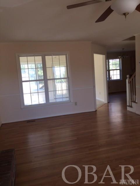 132 South Street,Moyock,NC 27958,3 Bedrooms Bedrooms,2 BathroomsBathrooms,Residential,South Street,94404