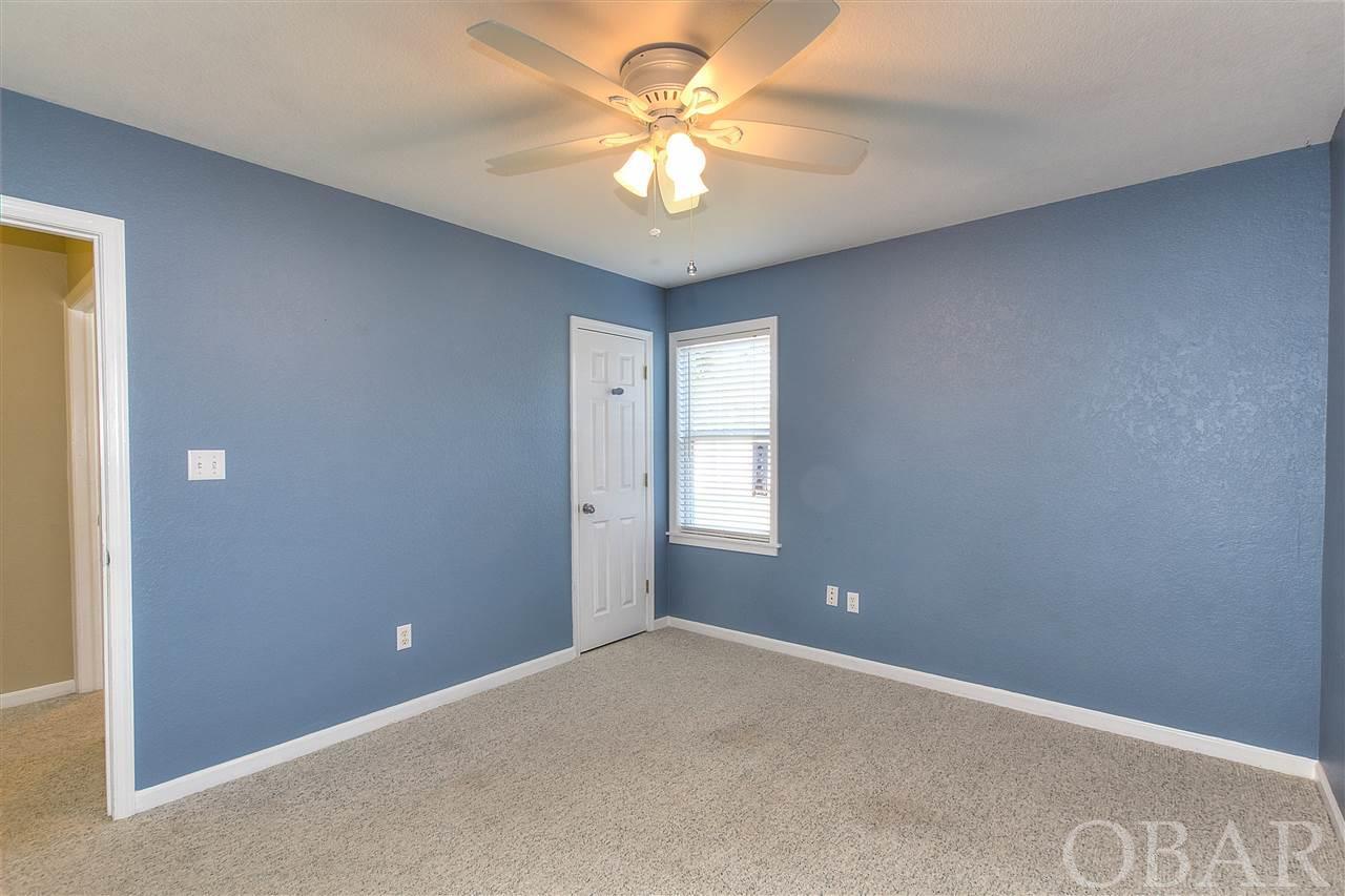 3121 Bay Drive,Kill Devil Hills,NC 27948,4 Bedrooms Bedrooms,2 BathroomsBathrooms,Residential,Bay Drive,94421