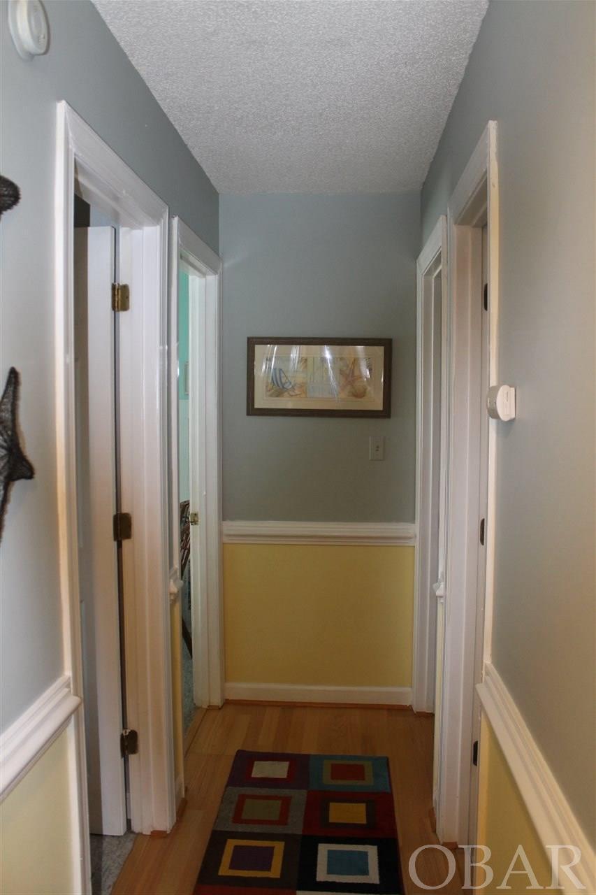 214 Sir Walter Raleigh Drive,Kill Devil Hills,NC 27948,4 Bedrooms Bedrooms,4 BathroomsBathrooms,Residential,Sir Walter Raleigh Drive,94644