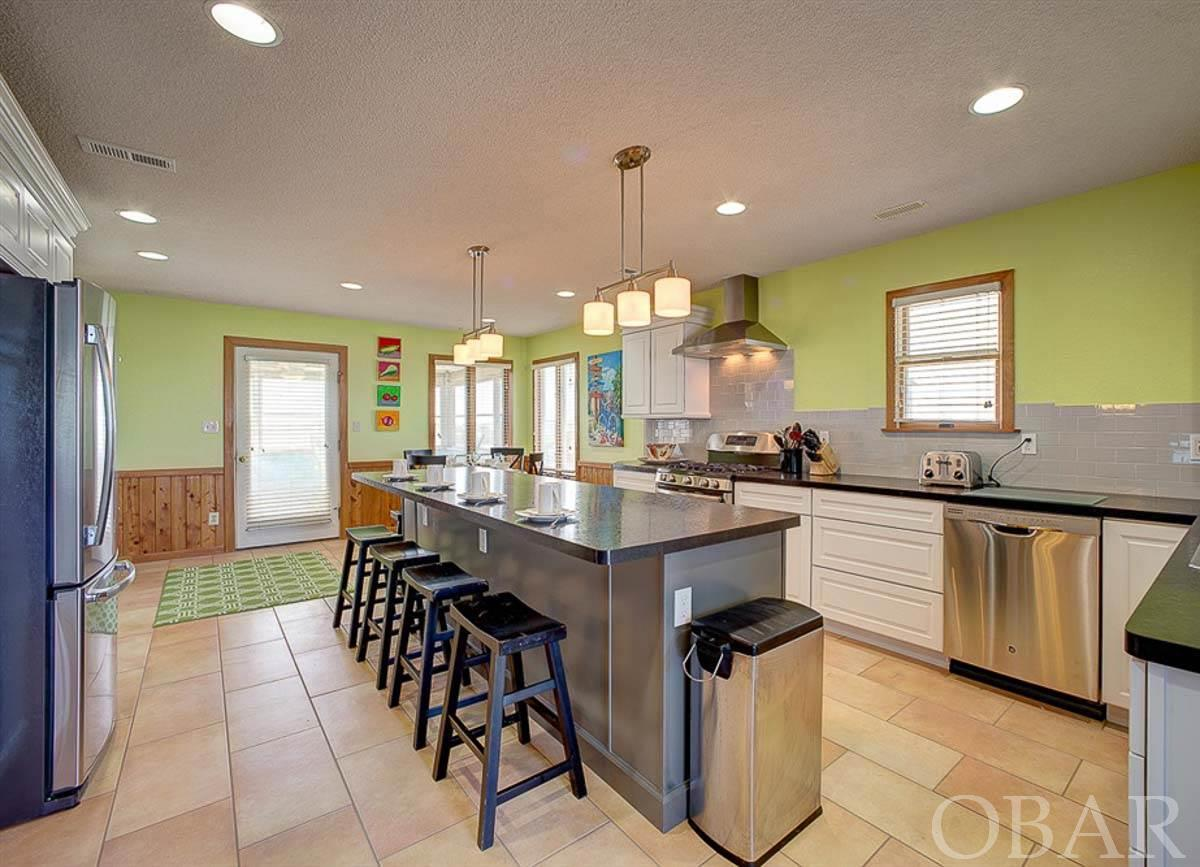 41057 Ocean View Drive,Avon,NC 27915,6 Bedrooms Bedrooms,5 BathroomsBathrooms,Residential,Ocean View Drive,94678