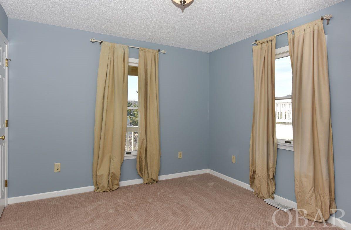 5305 Captains Way,Nags Head,NC 27959,5 Bedrooms Bedrooms,3 BathroomsBathrooms,Residential,Captains Way,95169