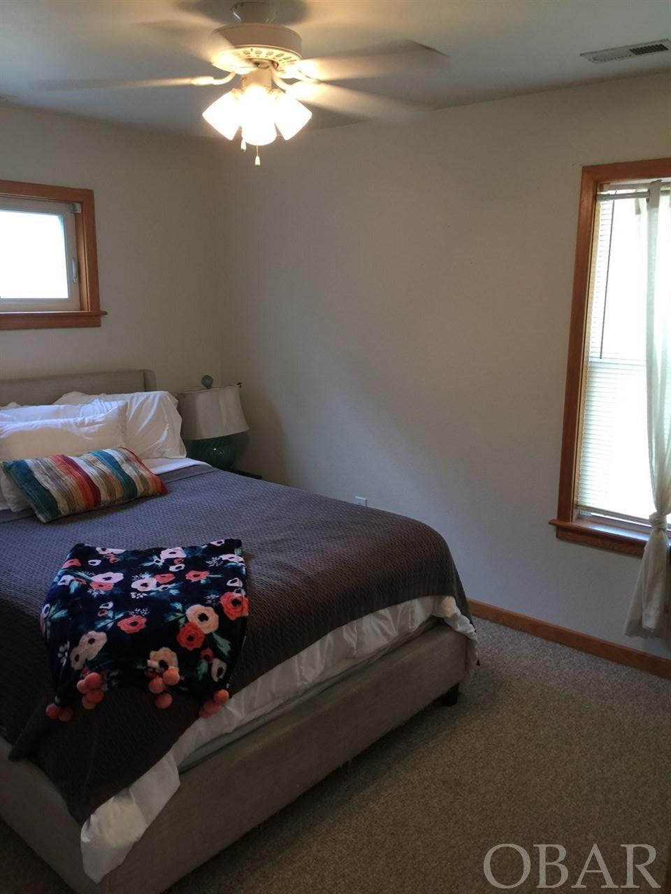 242 Sir Richard,Kill Devil Hills,NC 27948,3 Bedrooms Bedrooms,2 BathroomsBathrooms,Residential,Sir Richard,95405