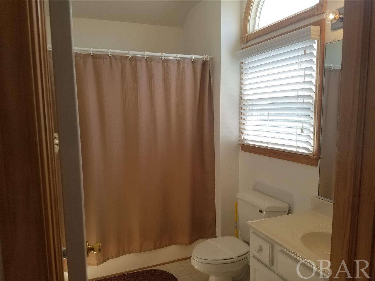 42026 Pheasant Circle,Avon,NC 27915,4 Bedrooms Bedrooms,3 BathroomsBathrooms,Residential,Pheasant Circle,96479
