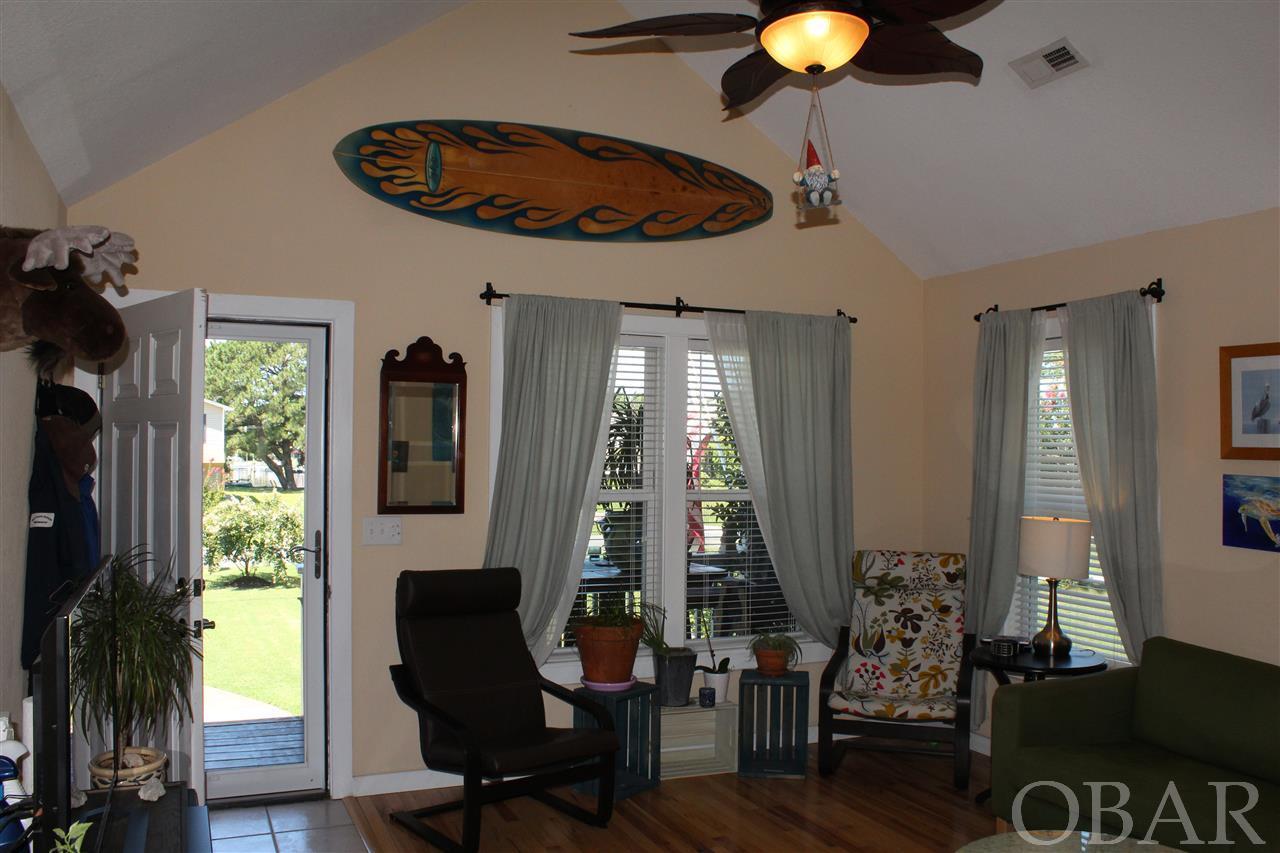 315 Harbour View Drive,Kill Devil Hills,NC 27948,3 Bedrooms Bedrooms,2 BathroomsBathrooms,Residential,Harbour View Drive,97343