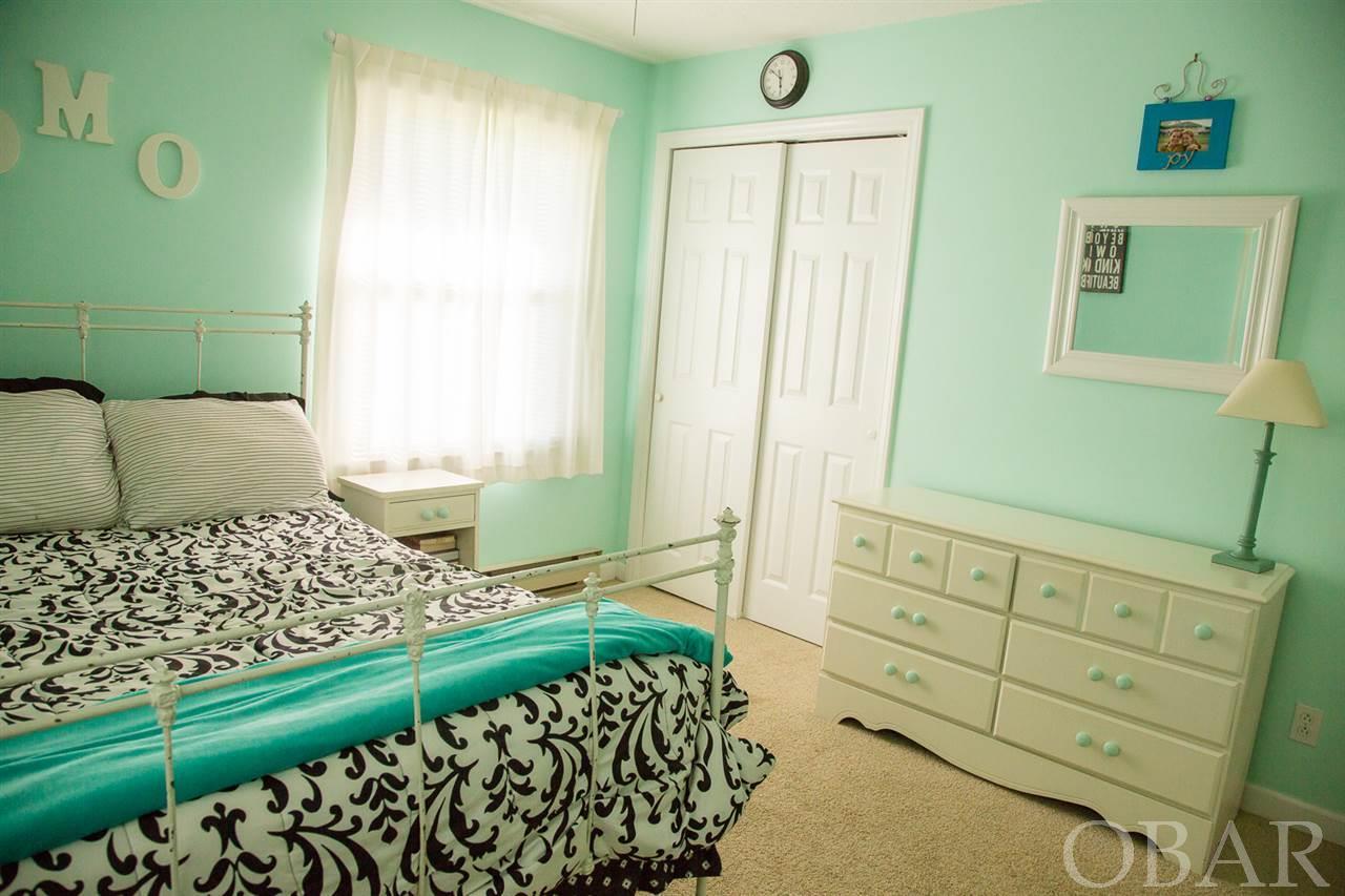 118 George Tom Court,Manteo,NC 27954,3 Bedrooms Bedrooms,2 BathroomsBathrooms,Residential,George Tom Court,97368