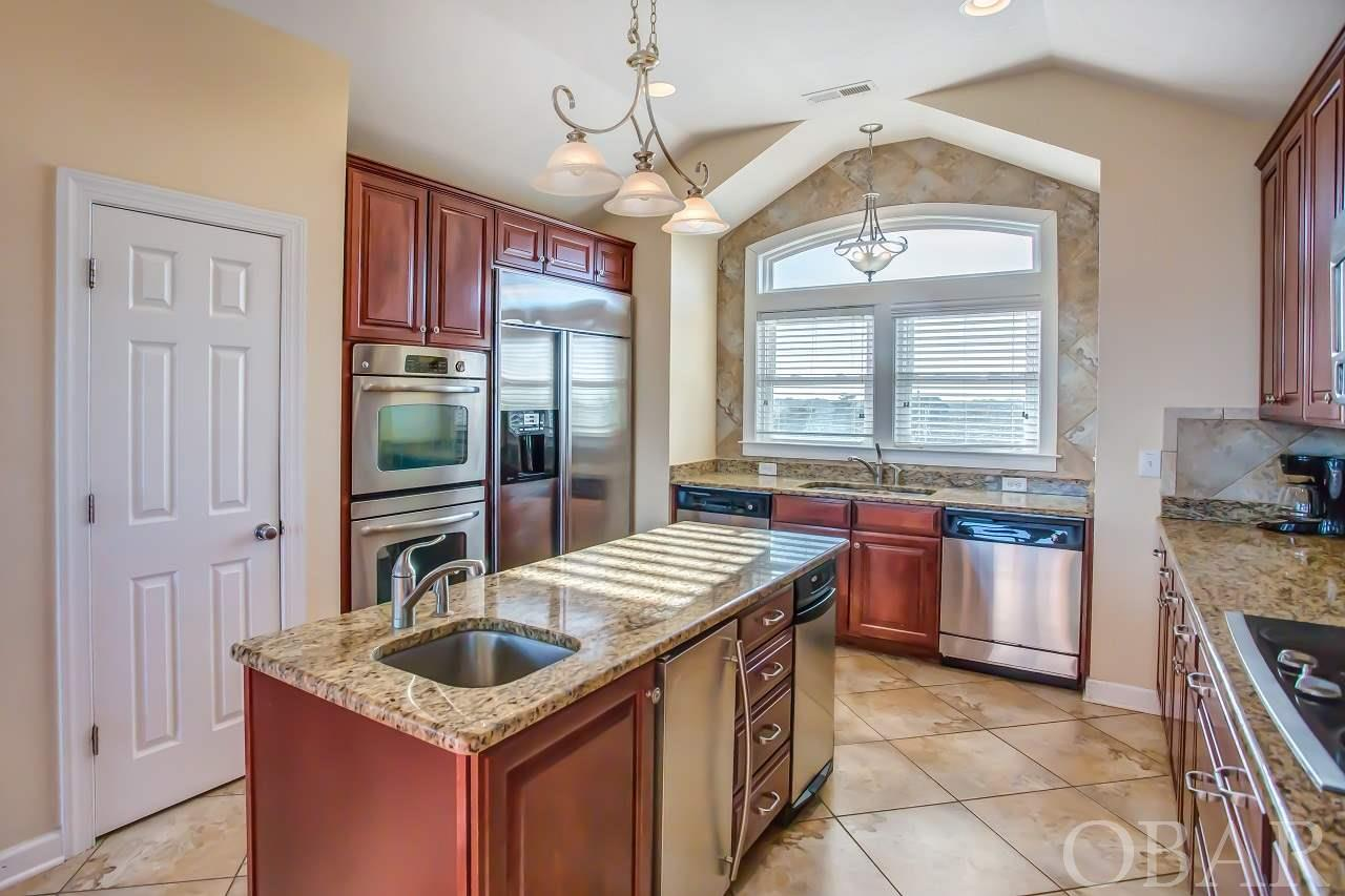 10433 S OLD OREGON INLET ROAD, NAGS HEAD, NC 27959  Photo 6