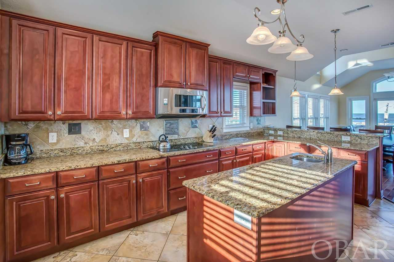 10433 S OLD OREGON INLET ROAD, NAGS HEAD, NC 27959  Photo 7