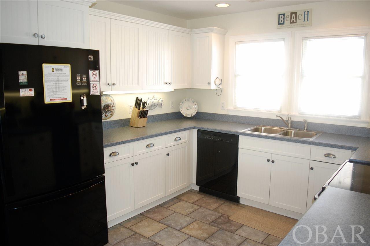 3534 Memorial Avenue- Nags Head- NC 27959,5 Bedrooms Bedrooms,4 BathroomsBathrooms,Residential,Memorial Avenue,97933