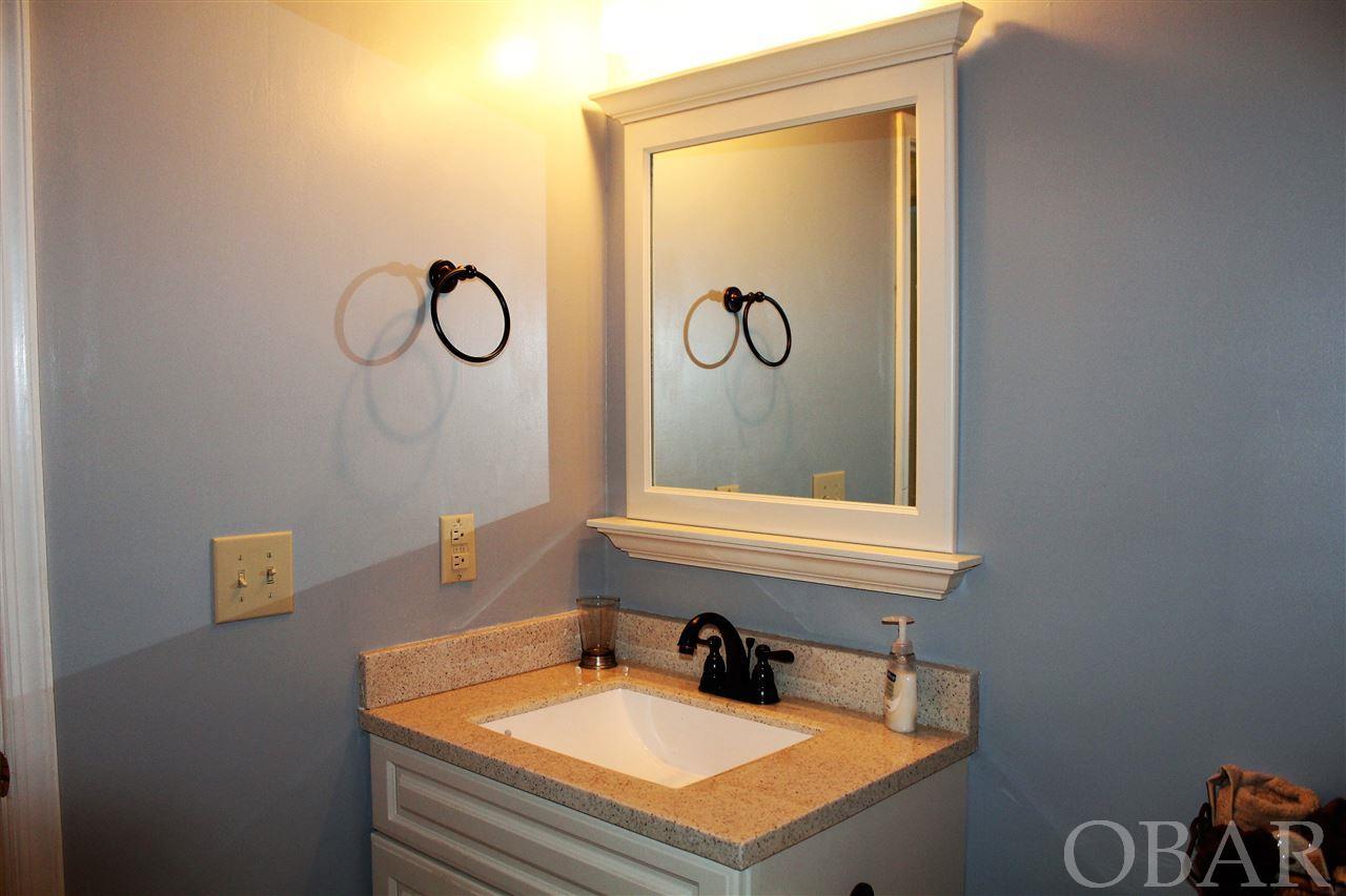 222 Kitty Hawk Road,Kitty Hawk,NC 27949,2 Bedrooms Bedrooms,1 BathroomBathrooms,Residential,Kitty Hawk Road,97968