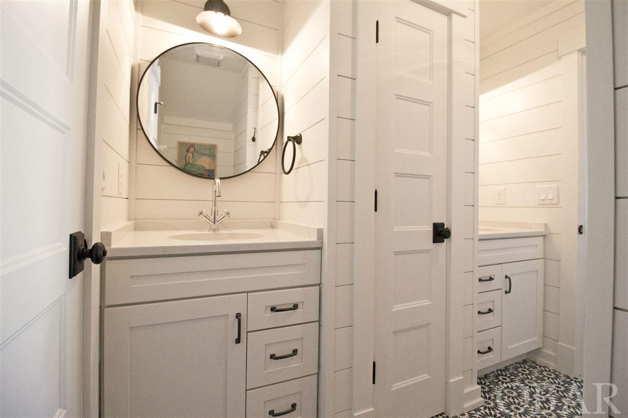 2011 Edenton Street,Kill Devil Hills,NC 27948,3 Bedrooms Bedrooms,2 BathroomsBathrooms,Residential,Edenton Street,98036