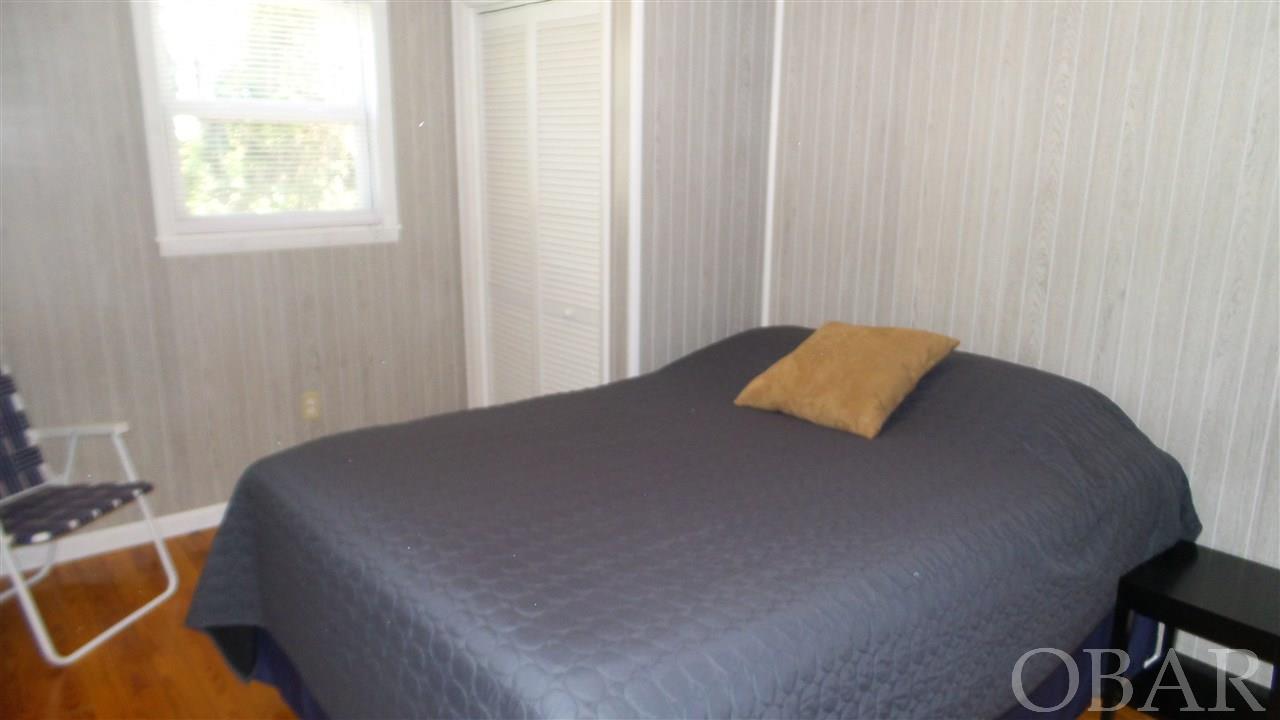 907 Fox Street,Kill Devil Hills,NC 27948,2 Bedrooms Bedrooms,1 BathroomBathrooms,Residential,Fox Street,98183