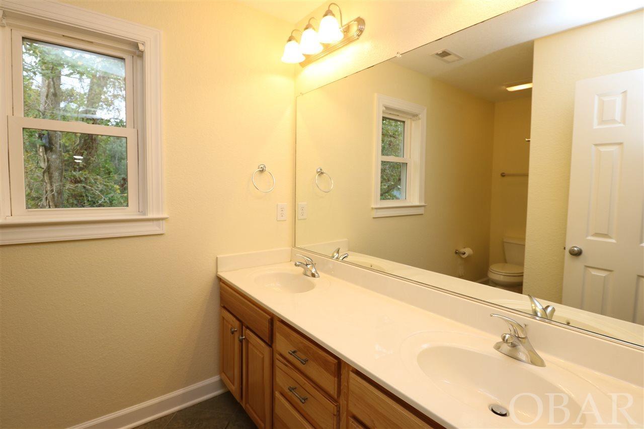 211 Harbour Road,Kill Devil Hills,NC 27948,4 Bedrooms Bedrooms,2 BathroomsBathrooms,Residential,Harbour Road,98468