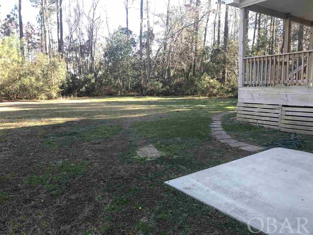 110 Holly Court,Manteo,NC 27954,3 Bedrooms Bedrooms,2 BathroomsBathrooms,Residential,Holly Court,99550
