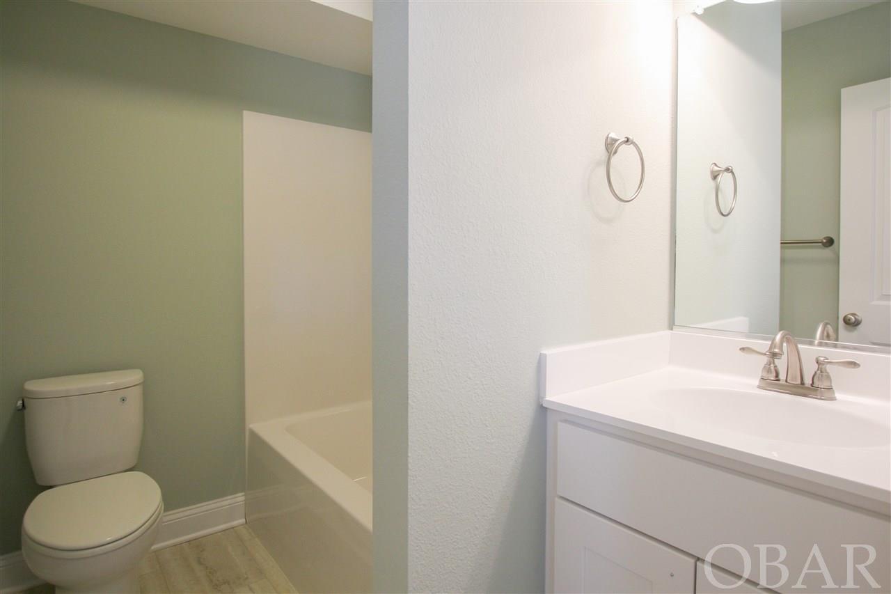 2017 Yorktown Street,Kill Devil Hills,NC 27948,4 Bedrooms Bedrooms,3 BathroomsBathrooms,Residential,Yorktown Street,99787