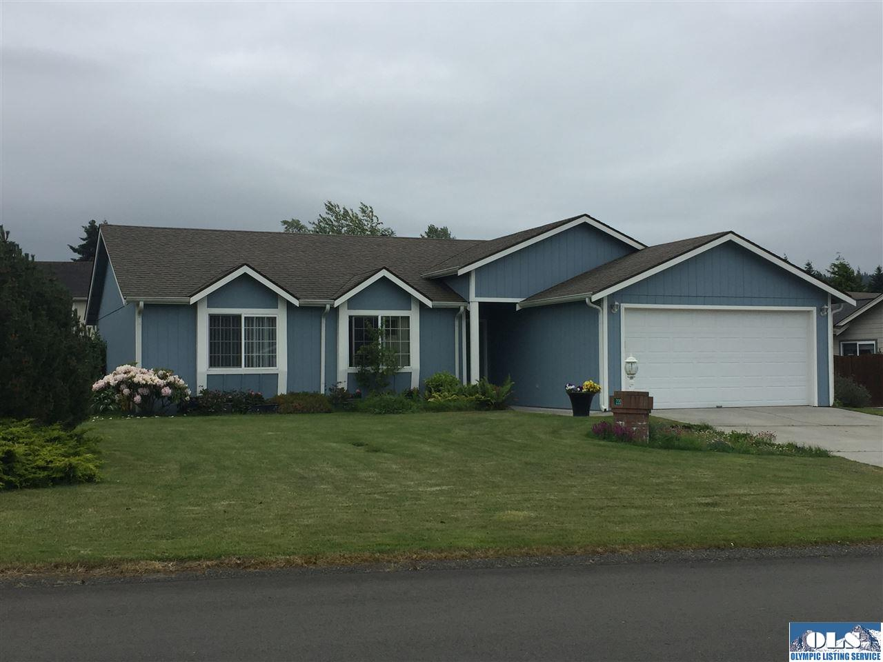 220 Independence Drive, Sequim, WA 98382