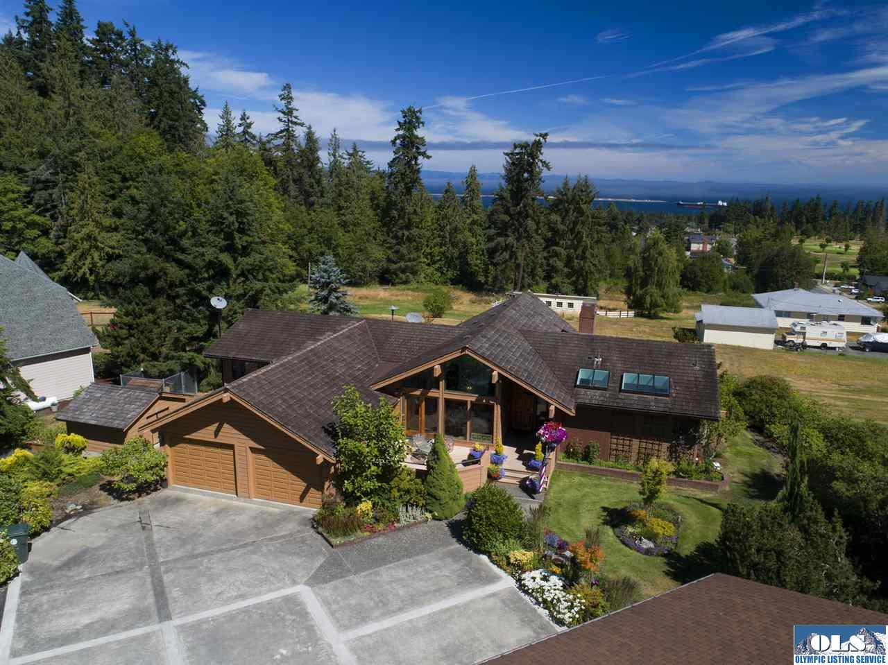 1837 E Woodhaven, Port Angeles, WA 98362