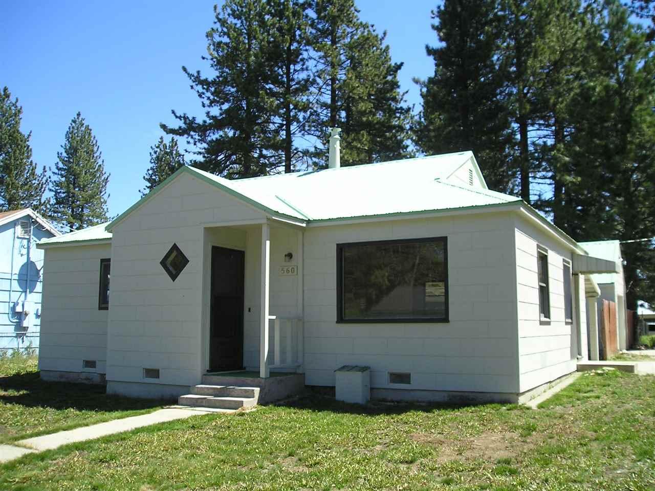 560 Ridge Street, Portola, CA 96122