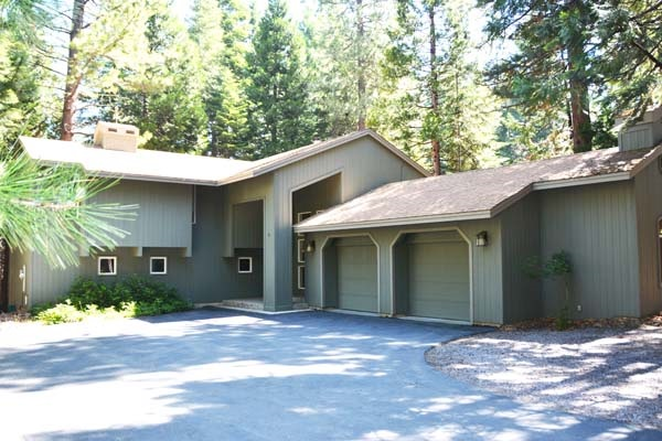 305 Manzanita Drive, Lake Almanor West, CA 96020