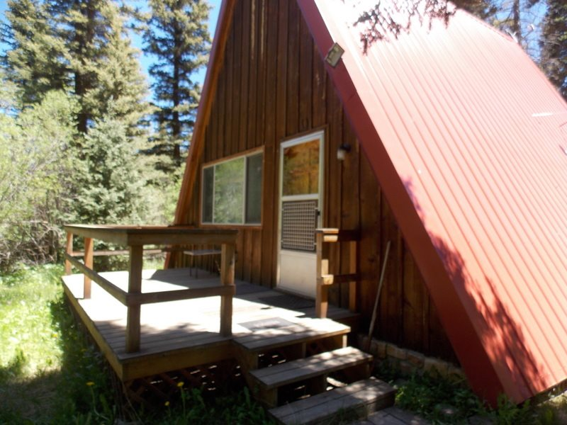 139 Valley of the Pines Rd., Red River, NM 87558-0139